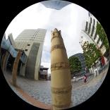 恵比寿駅前のタケノコ像??