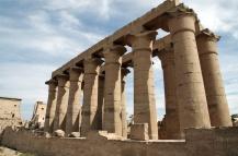 ルクソール神殿の列柱